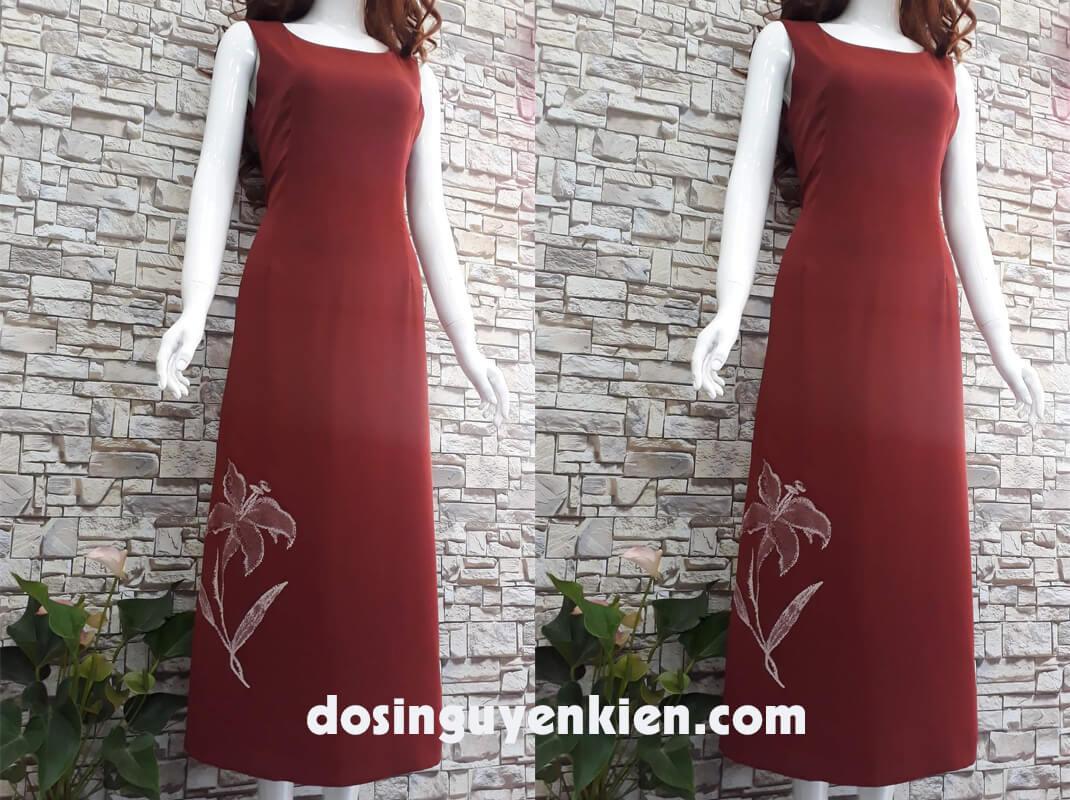 Váy dài đỏ họa tiết bông