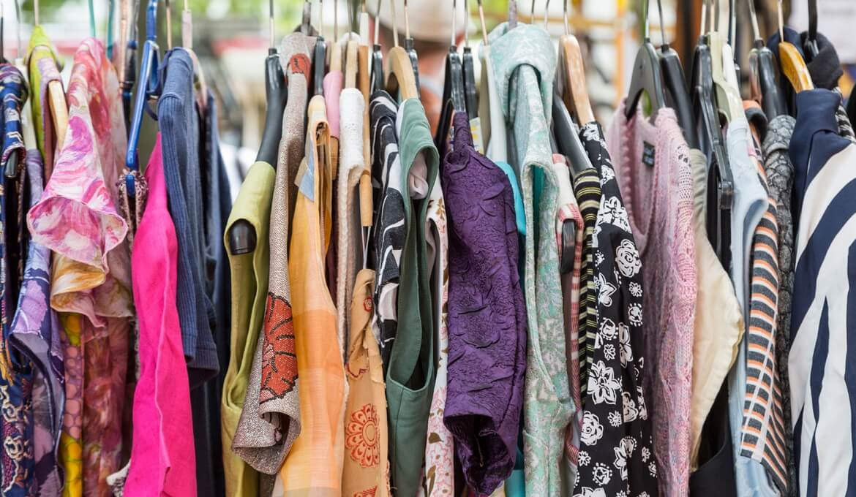 Nhập buôn quần áo hàng thùng