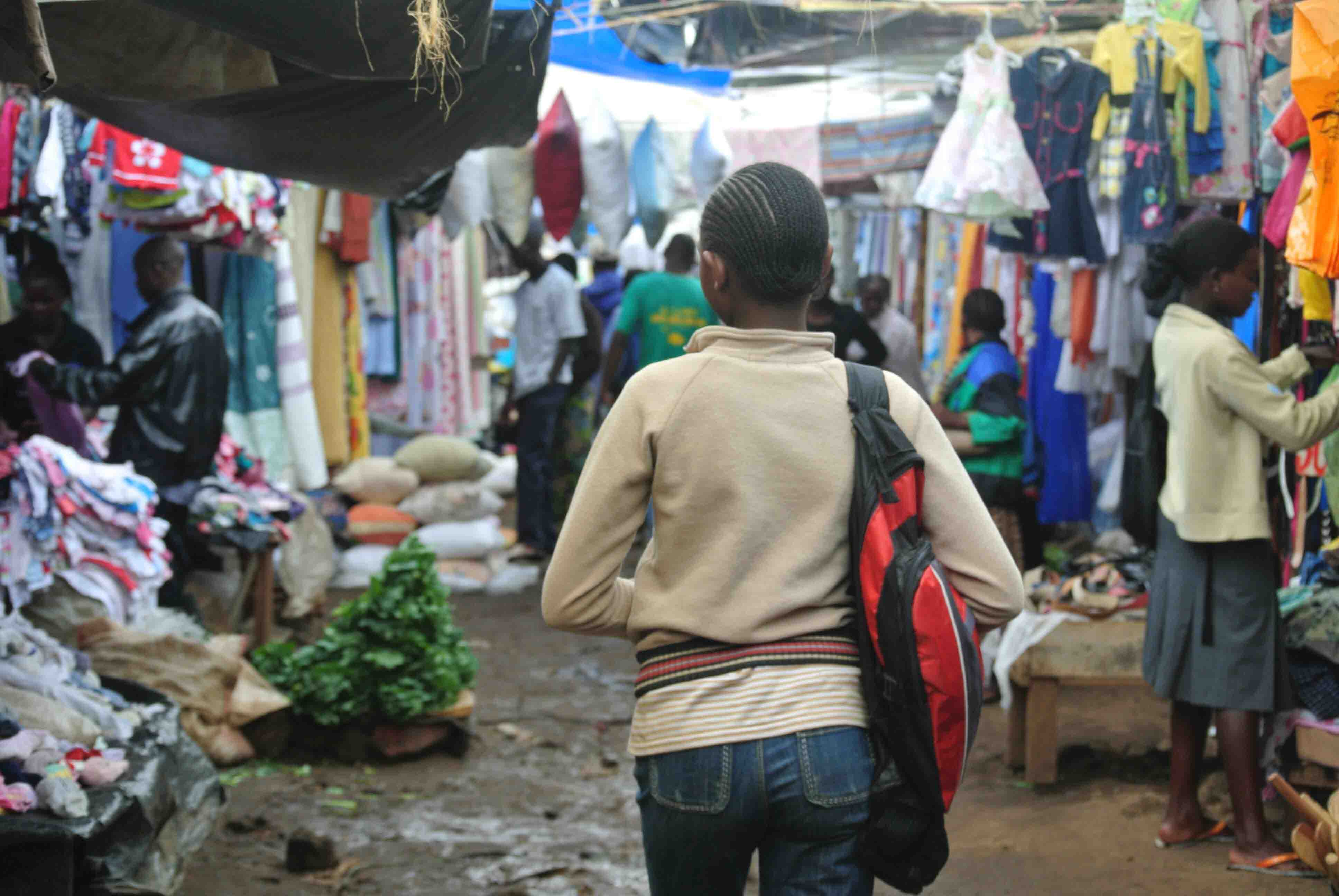 Chợ đồ si ở Campuchia