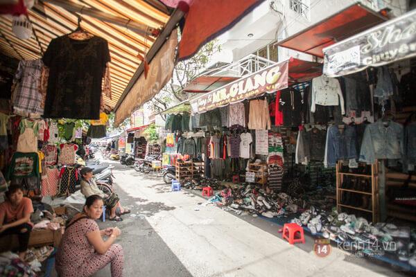 Lấy hàng quần áo tại các chợ đồ si lớn