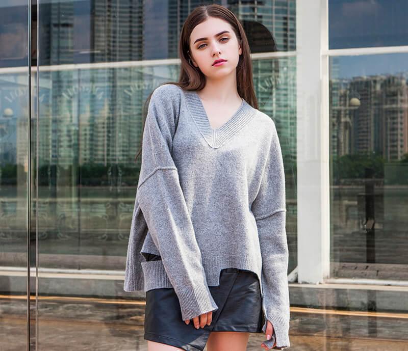 Sinh viên khởi nghiệp với áo sweater nữ