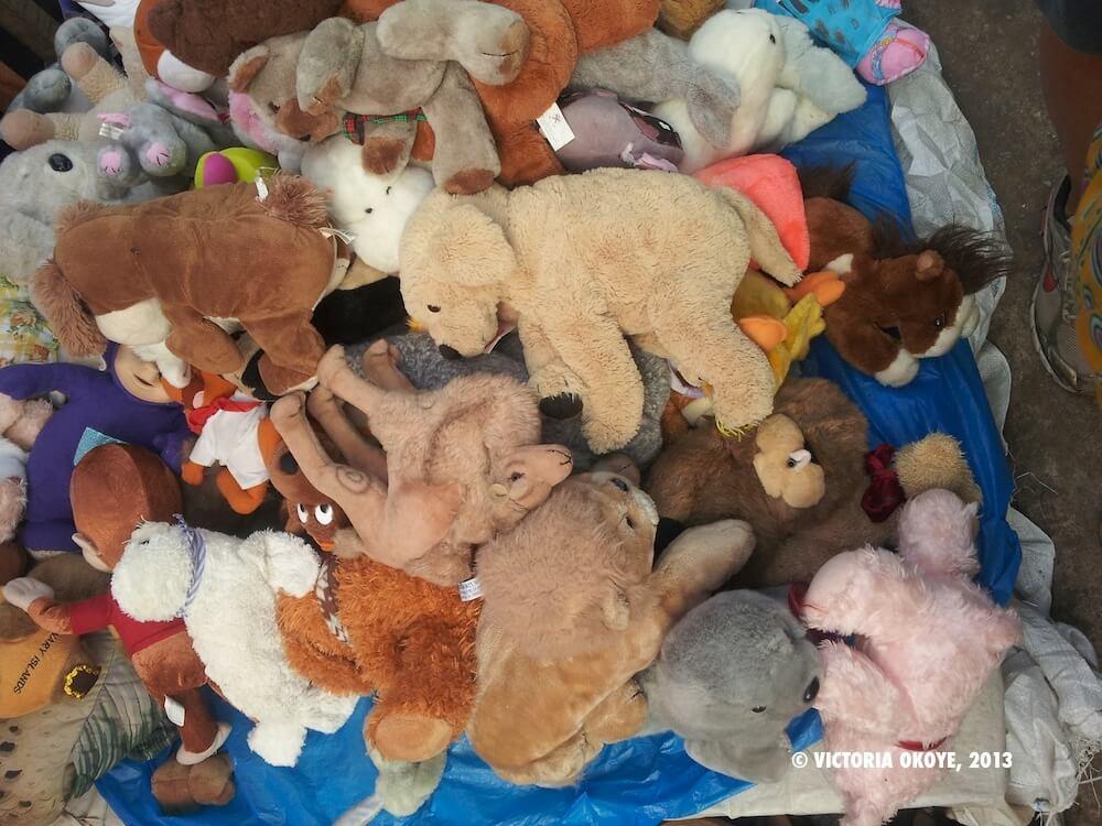 Hàng thùng trẻ em- kiện đồ chơi, phụ kiện