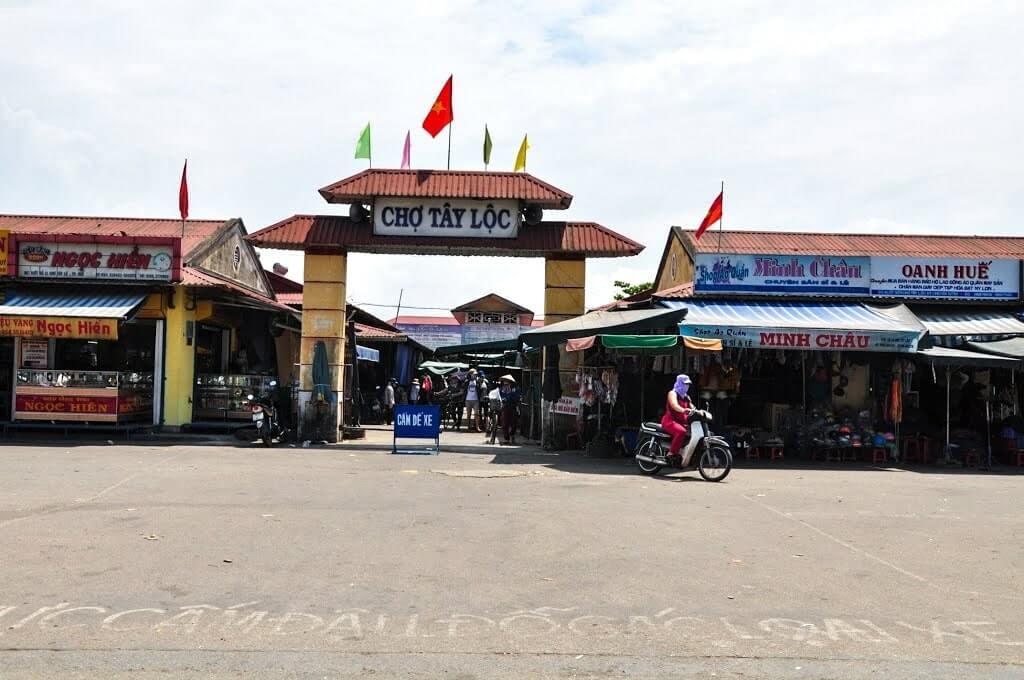 Chợ Tây Lộc chợ đầu mối quần áo ở Huế