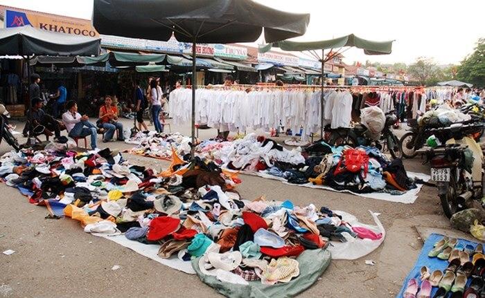 Đồ bành chợ Tây Lộc