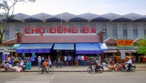 Chợ đồ bành Đông Ba chợ đầu mối quần áo ở Huế