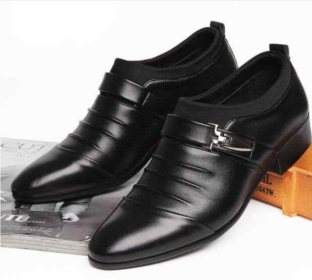 Cách giặt giày da bóng