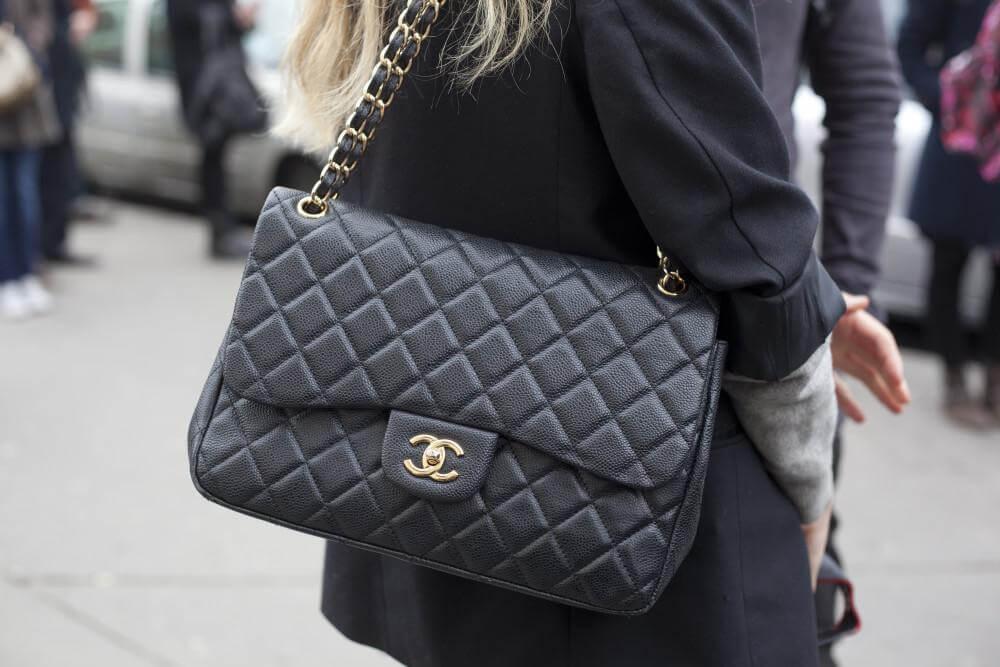Túi xách đen