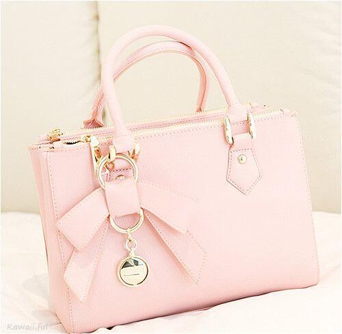 Cách Phối đồ với túi xách hồng pastel