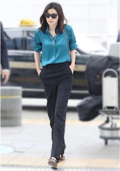 Jeon Ji Hyun với quần âu
