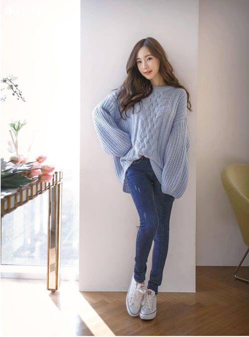 Trang phục mùa đông Hàn Quốc với áo len