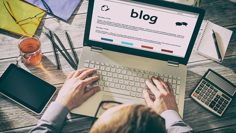 Chăm chỉ viết blog, cập nhật thông tin khi kinh doanh quần áo