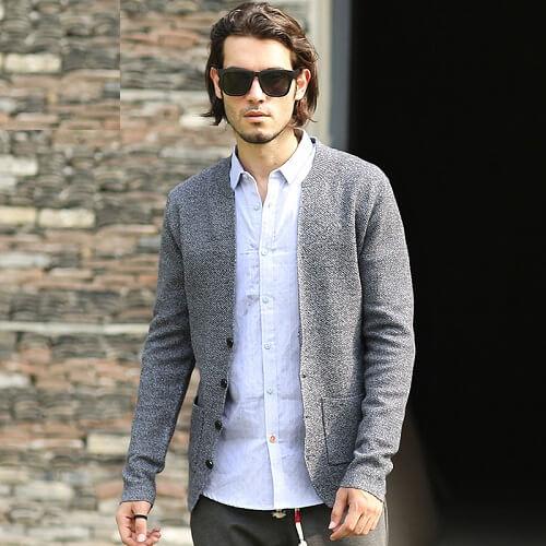 Cách phối đồ với áo len cardigan