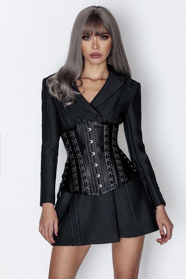 Nữ cao 1m60 nên mặc gì? that lung corset ket hop voi vay